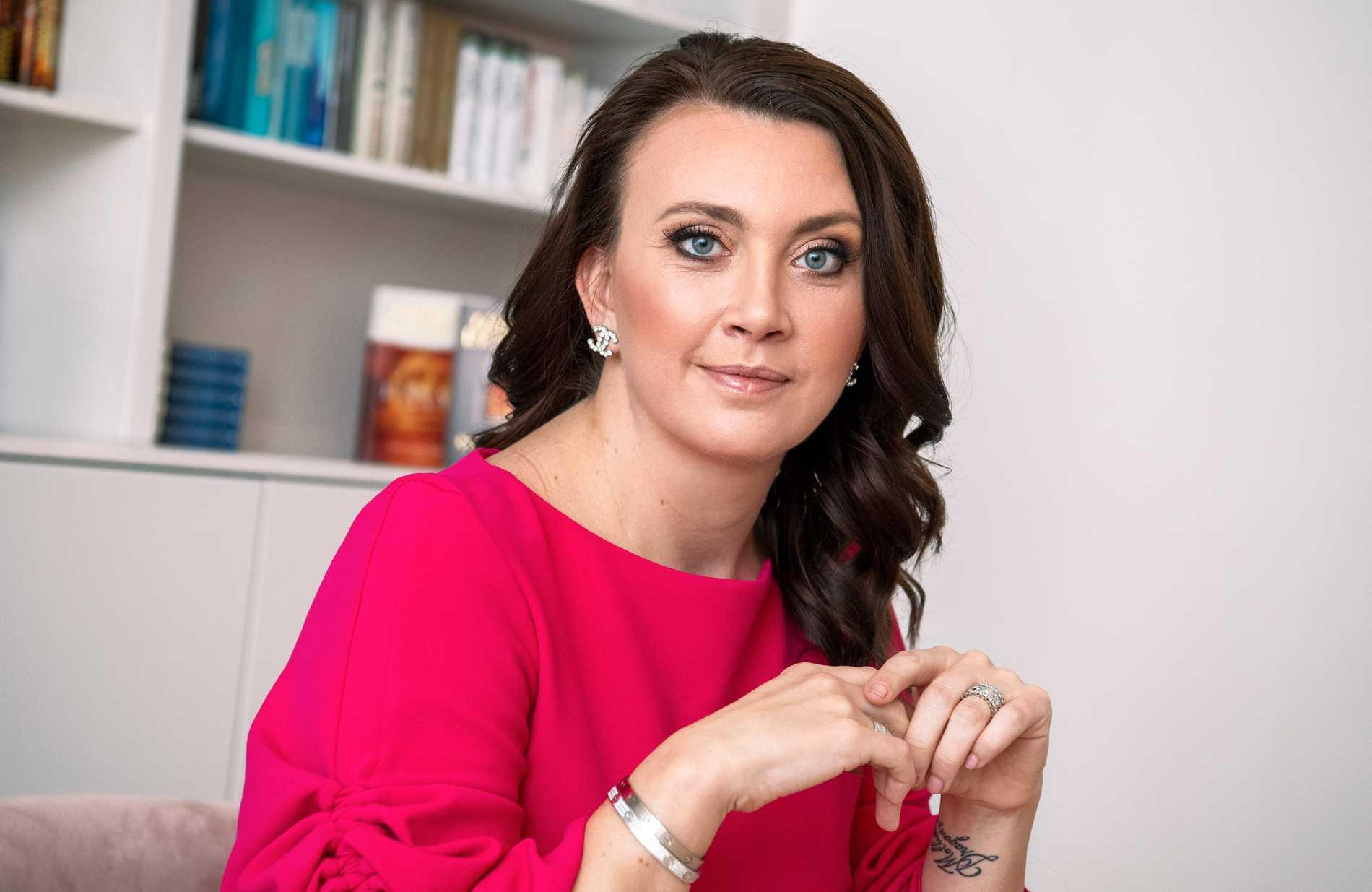 Camilla Läckbergs vårdbolag Hedda Care coronatestar vårdpersonal.