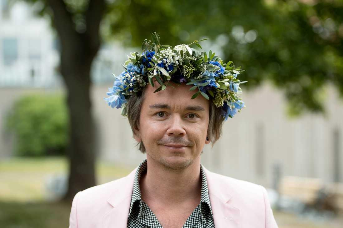 Emil Jensens sommarprat är ett slags kåseri, en finstämd hyllning till vanligheten, skriver Patrik Lundberg.