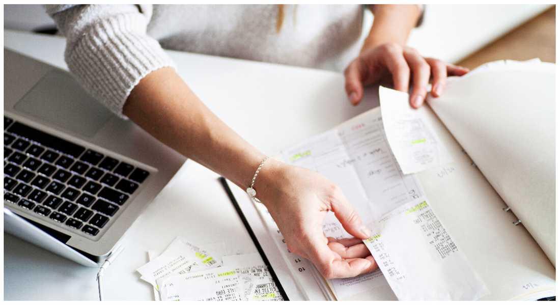 Nu börjar papperskvittona fasas ut. Matbutikerna Hemköp och City Gross har infört digitala kvitton.
