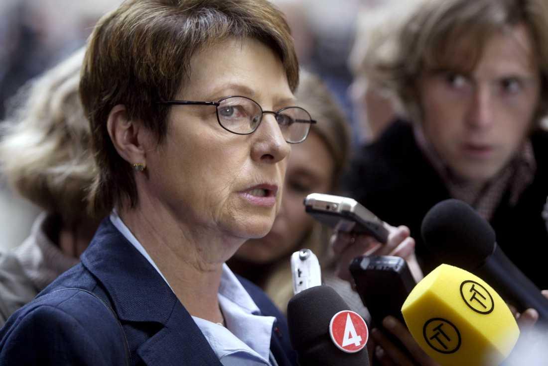 Ulla Hoffman,  Vänsterpartiets partiledare 2003–2004.
