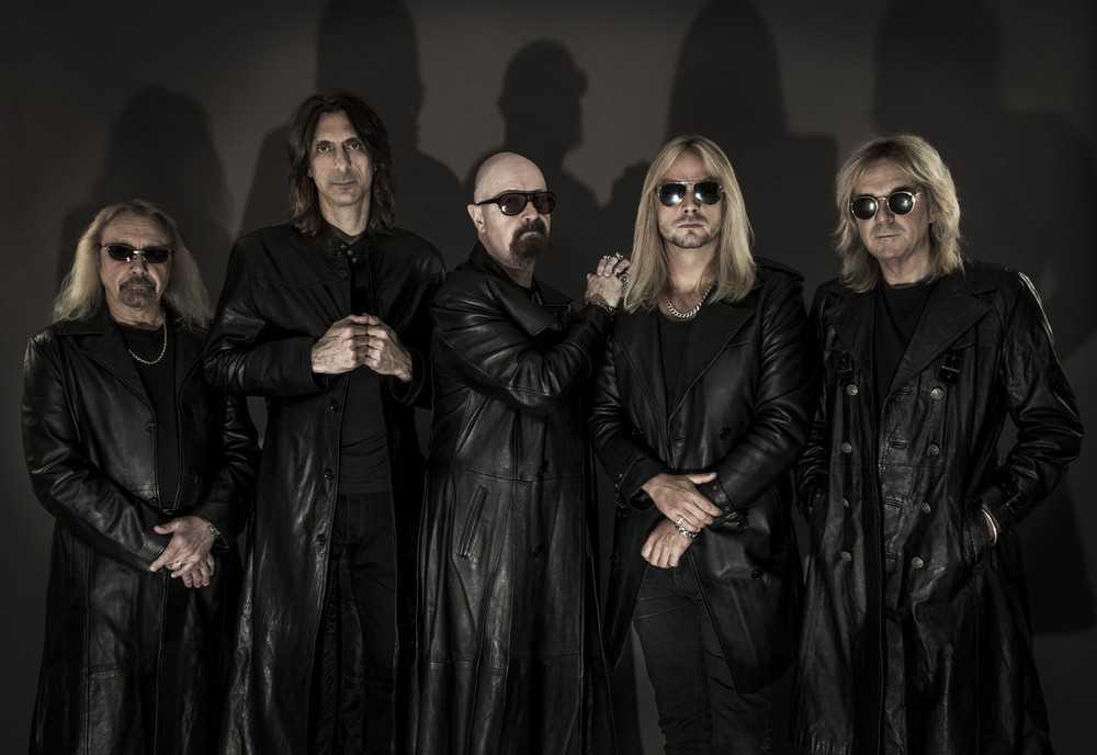 """Ikoniska heavy metal-bandet Judas Priest tar ett rejält kliv in i den samtida hårdrocken med nya albumet """"Firepower""""."""