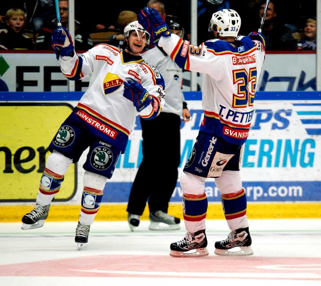 Vann i Linköping Djurgårdens målvakt Daniel Larsson gjorde en kanonmatch och höll nollan på bortaplan när Djurgården slog Linköping med 4-0.
