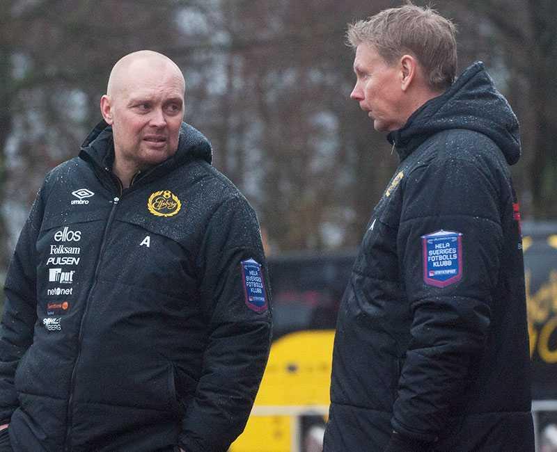 Barndomsvännerna Klas Ingesson och  Peter Wettergren. Här i en cupmatch för Elfsborg i november 2013.