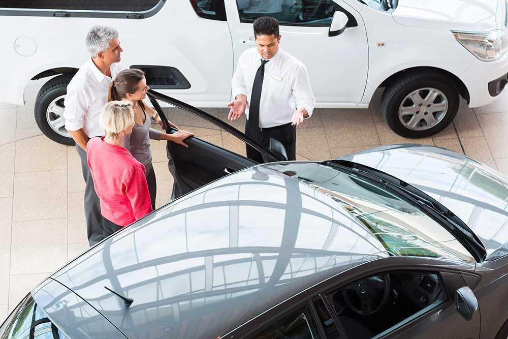 Många nya bilar för höjd skatt efter 1 juli.