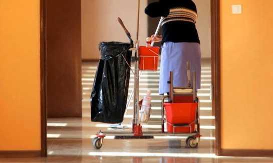 Trots hög utbildning får många invandrare sällan ett arbete som matchar deras  utbildningsnivå.  Foto: Colourbox