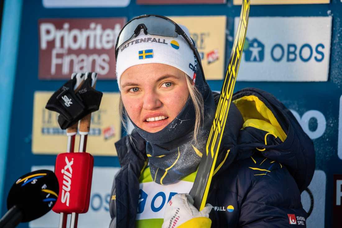 Linn Svahn och resten av landslaget kliver in i isolering.