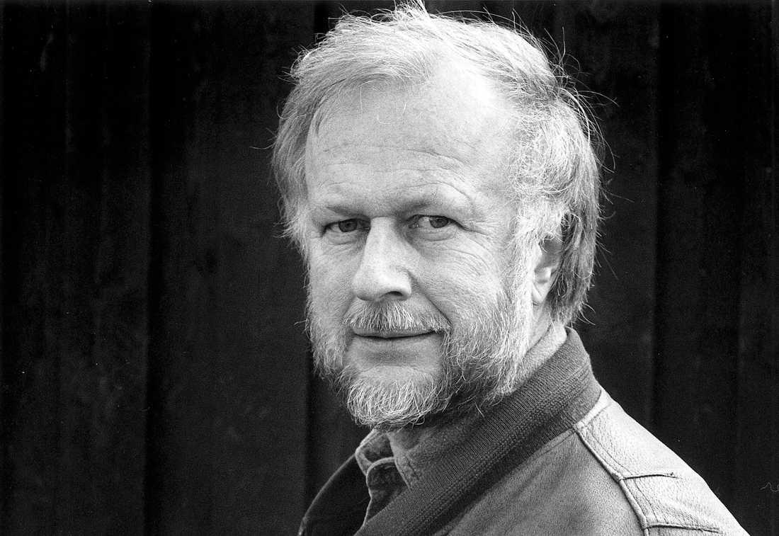Tomas Forser var kritiker, professor i litteraturvetenskap vid Göteborgs universitet och tidigare kulturchef på Göteborgs-Posten. Han blev 77 år.