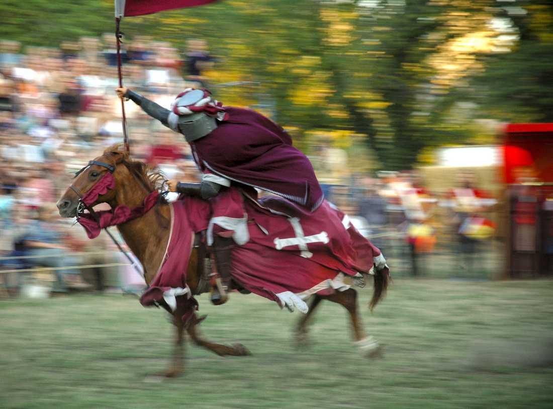 Riddaren Silverkorset tar sats för årets medeltidsvecka i Visby den 2–9 augusti.