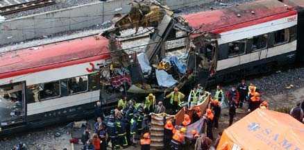 I dag faller domen 191 människor dog i attentaten mot pendeltåg 11 mars 2004. I dag faller domen mot de 28 som står åtalade för terrordådet.