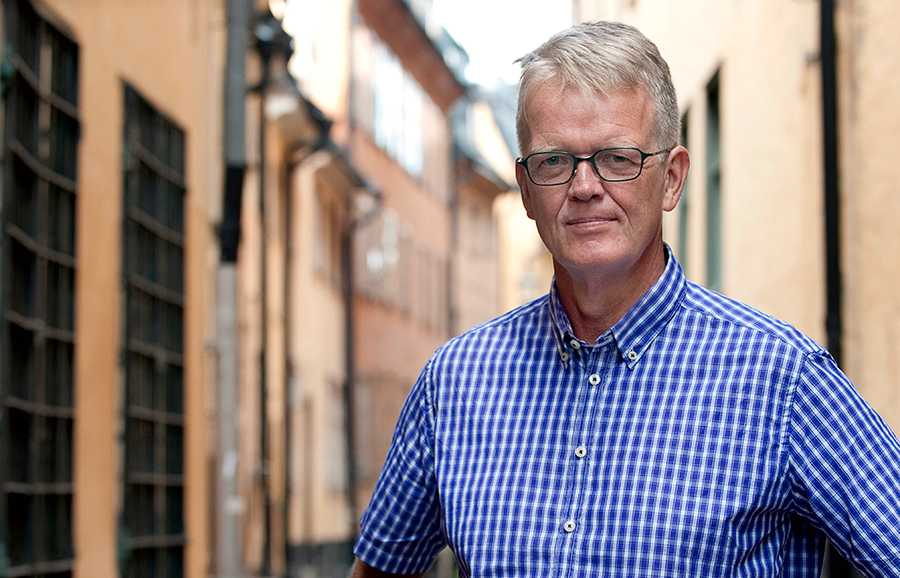 Tidigare diplomaten och utredaren Gunnar Wetterberg, som själv jobbat både på finansdepartementet, med jordbruksfrågor och på UD, har länge varit kritisk till hur regeringskansliet arbetar