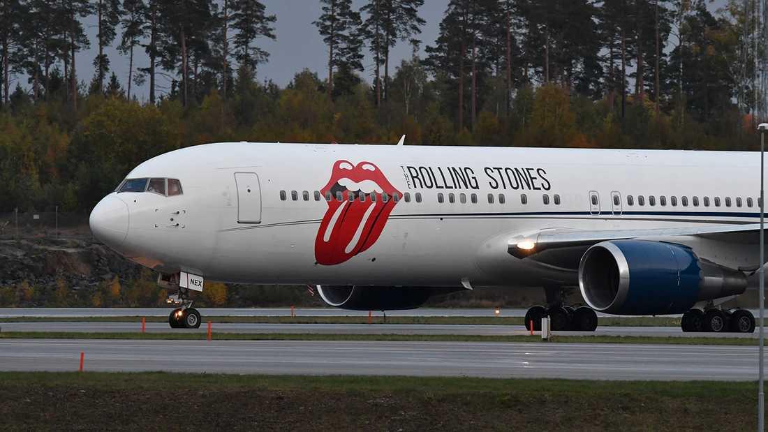 Rolling Stones plan landar på Arlanda.