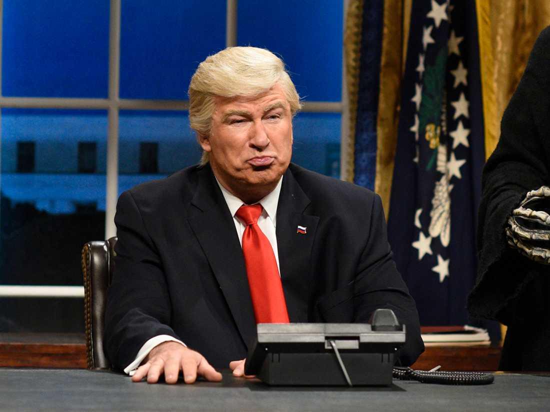 Baldwin som Trump.