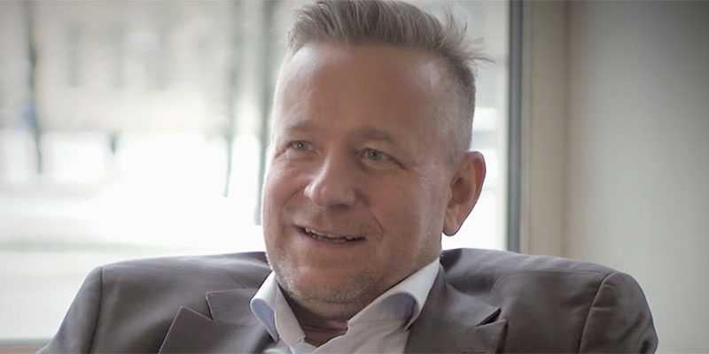 Succétipparen Fredrik Widén.