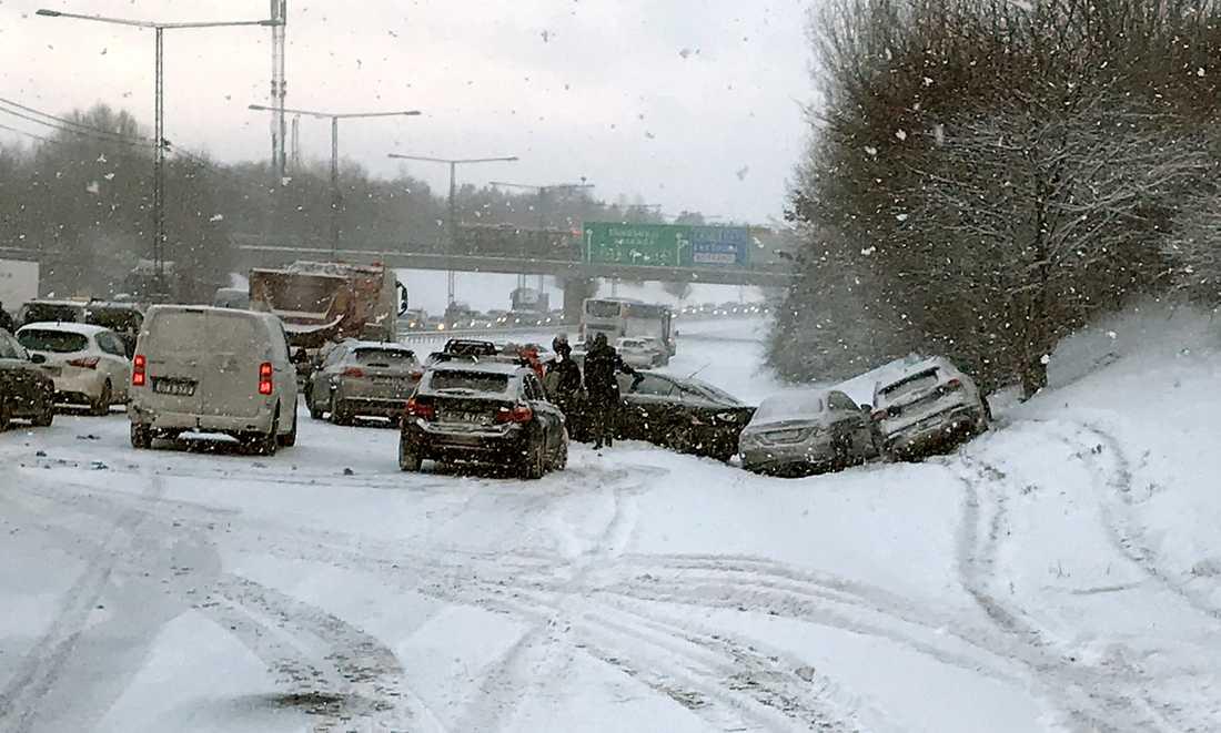 Trafikolycka på E4:an mellan Stockholm och Arlanda.