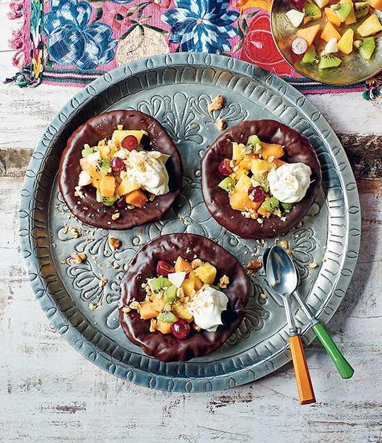 Tortillas, choklad, fruktsallad - och grädde!