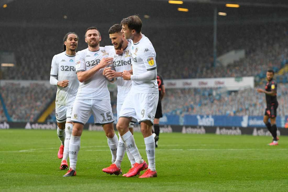 Leeds United är tillbaka i Premier League.
