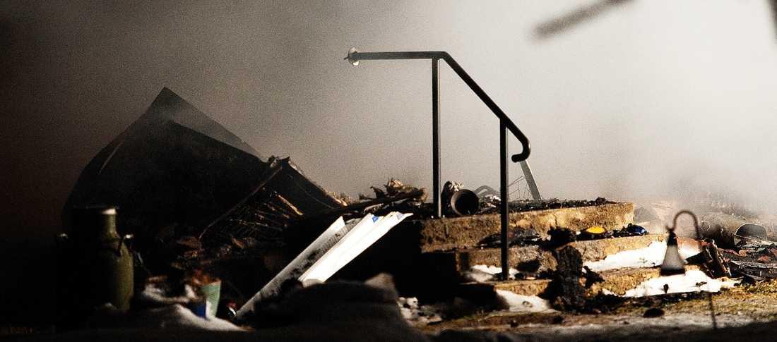 Huset brann ner till grunden.