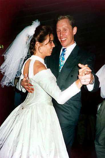 Hon gifte sig 1996 med Henrik Forsberg - och fick en dans med Gunde Svan.
