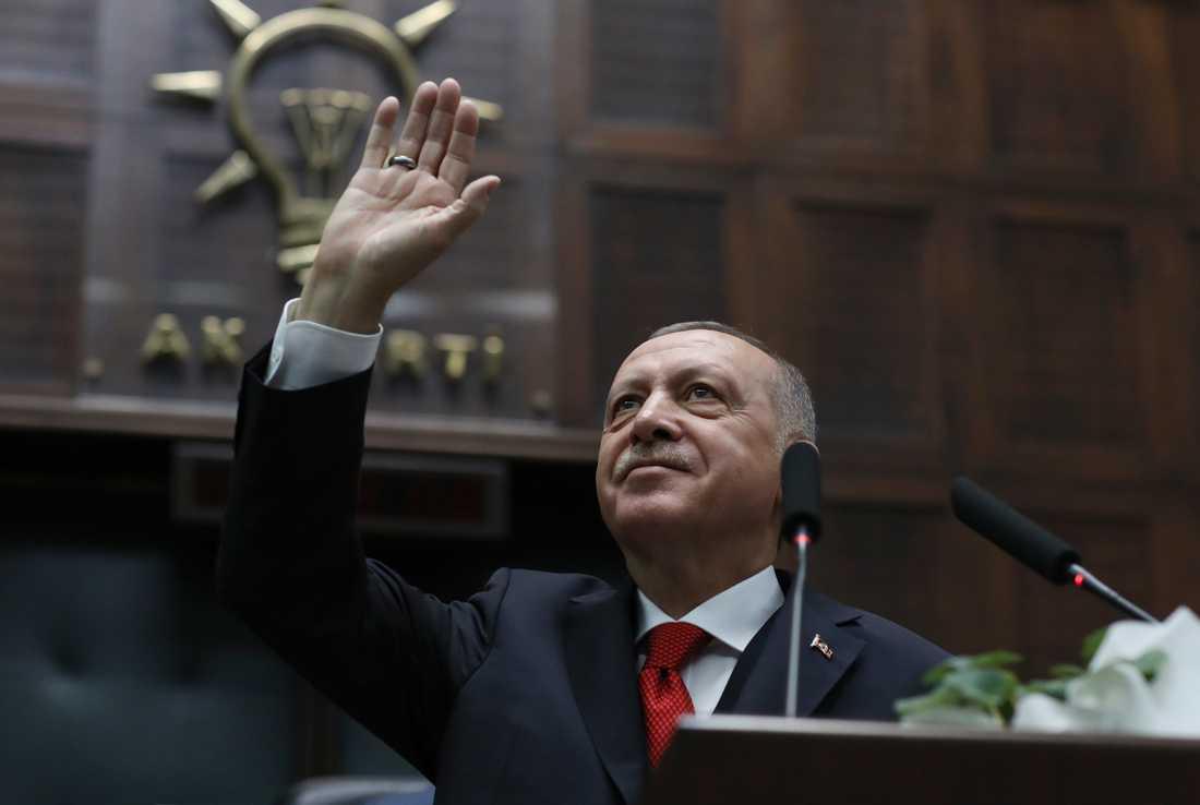 Turkiet har lyft sin hand från Wikipedia som åter är tillgängligt i landet. President Recep Tayyip Erdogan, i flera år hårt kritiserad för att förtrycka yttrandefriheten. Arkivibild.