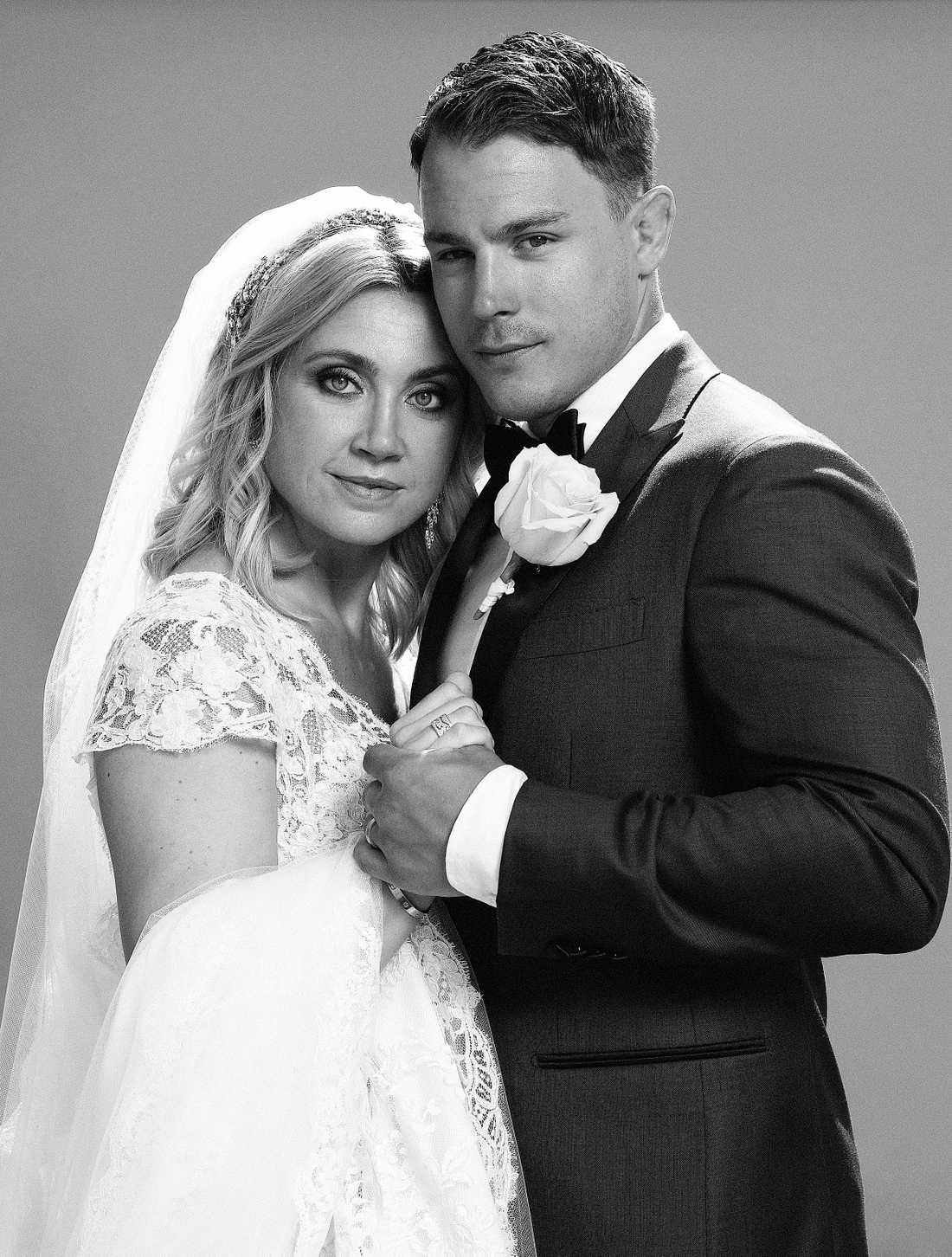 Camilla Läckberg och Simon Sköld gifte sig i går