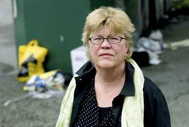 Aftonbladets Lena Melllin har gått från att vara miljömupp till att bli en sopanarkist.