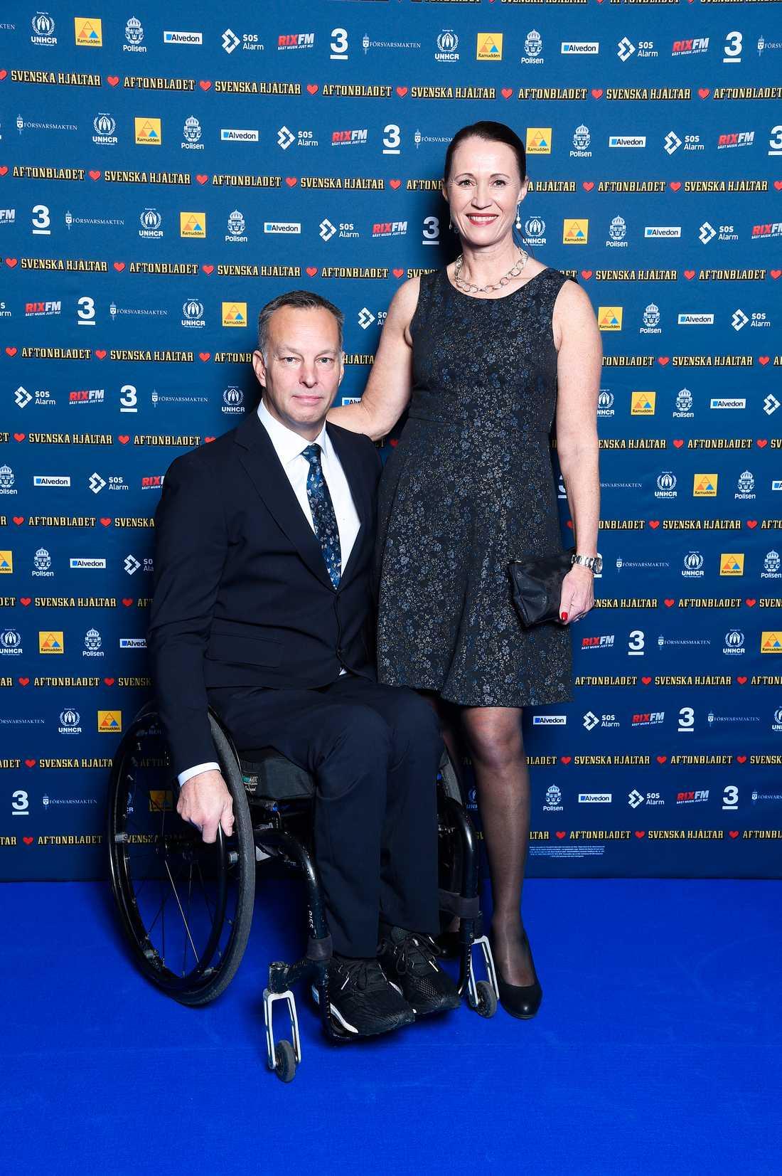 Thomas Fogdö är med i Svenska Hjältar-juryn. Här med sin Anna Fogdö.