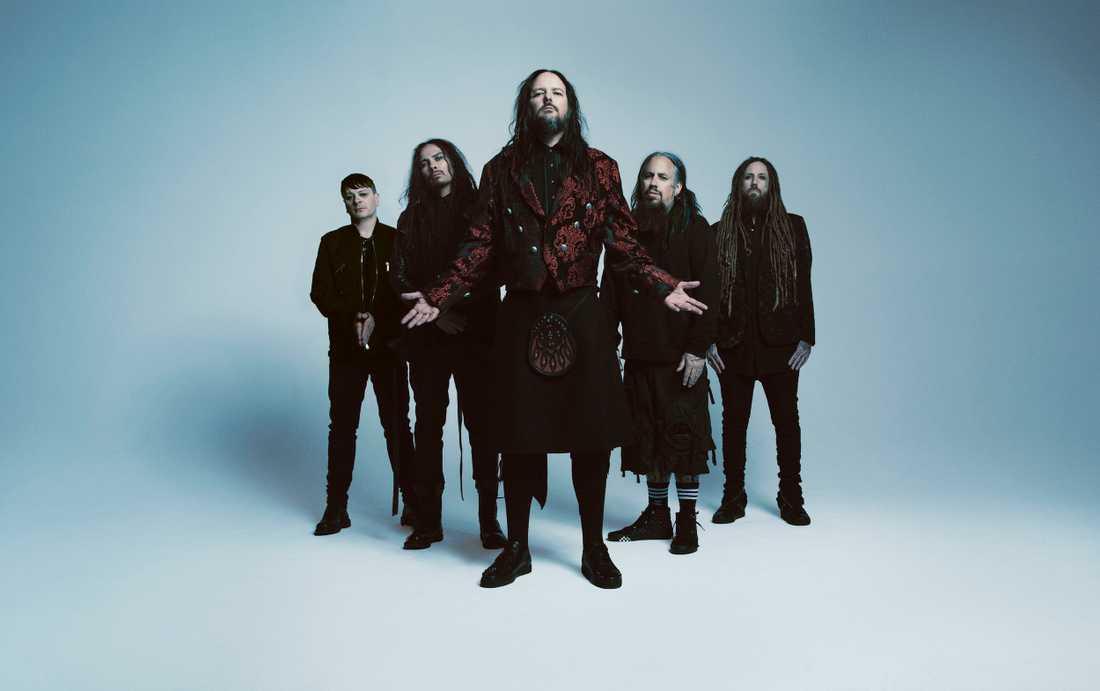 Nu metal-giganterna hanterar hjärtesorg på trettonde albumet i ordningen.