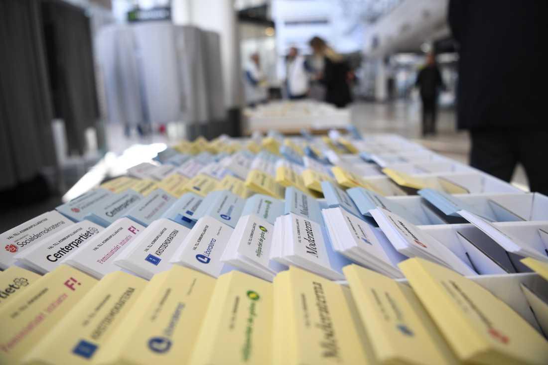 De räknade valsedlarna för landstingsvalet rapporterades in i stället för de för riksdagsvalet.