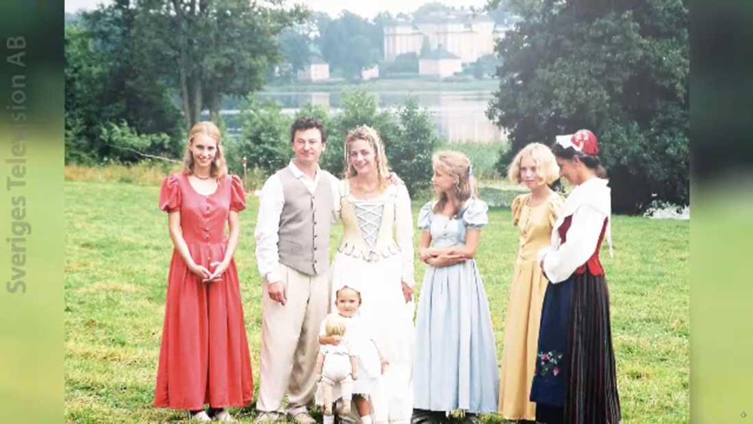 """Bilder från Lia Boysens och Anders Ekborgs bröllop som visas i """"Stjärnorna på slottet""""."""