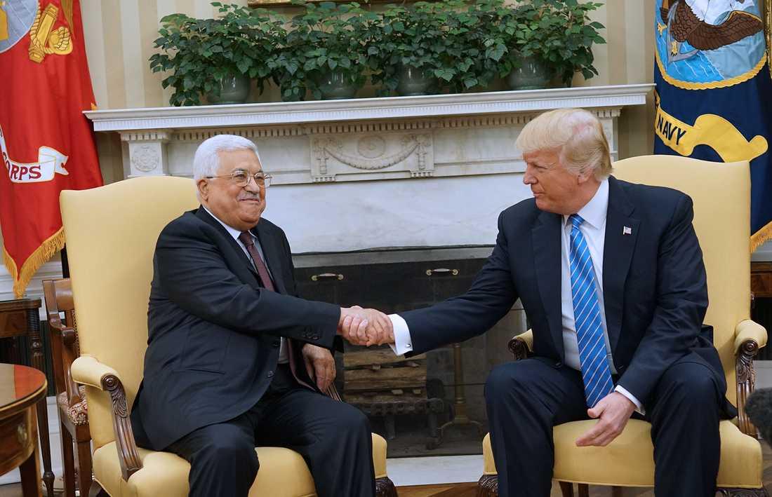 Mahmud Abbas och Donald Trump.