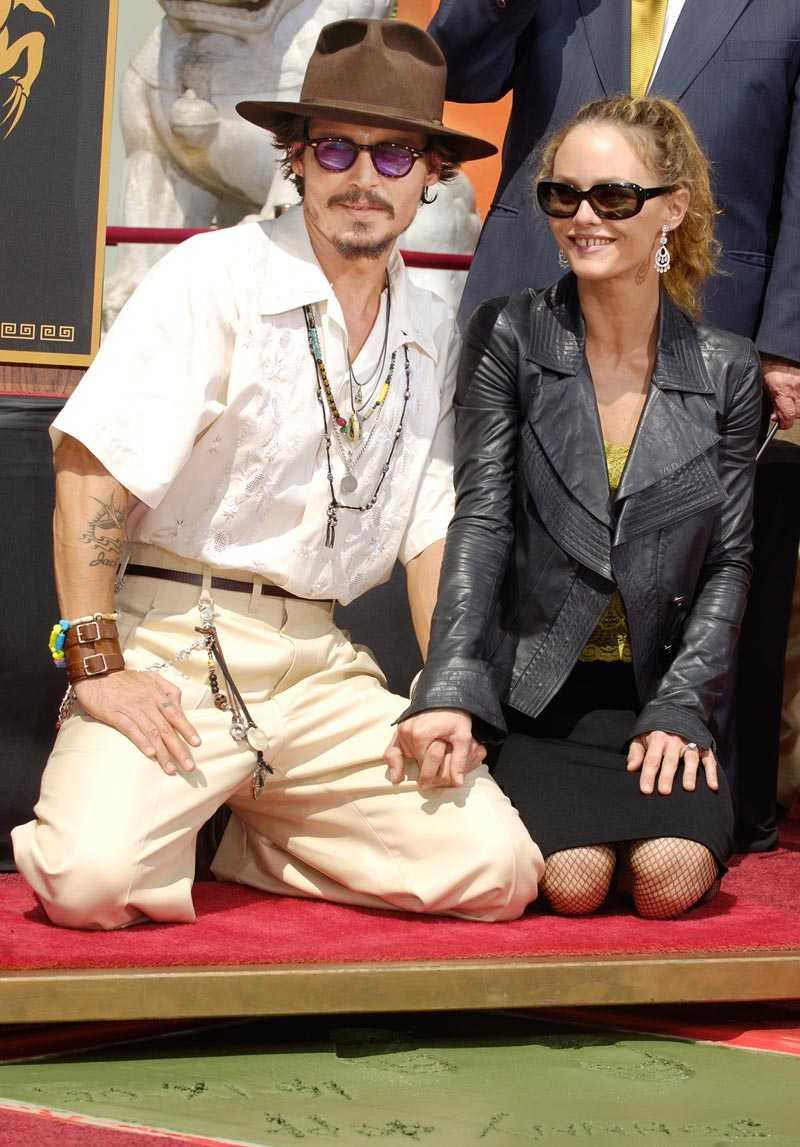 Frugan Vanessa Paradis gillar fortfarande Johnny Depp i alla fall.