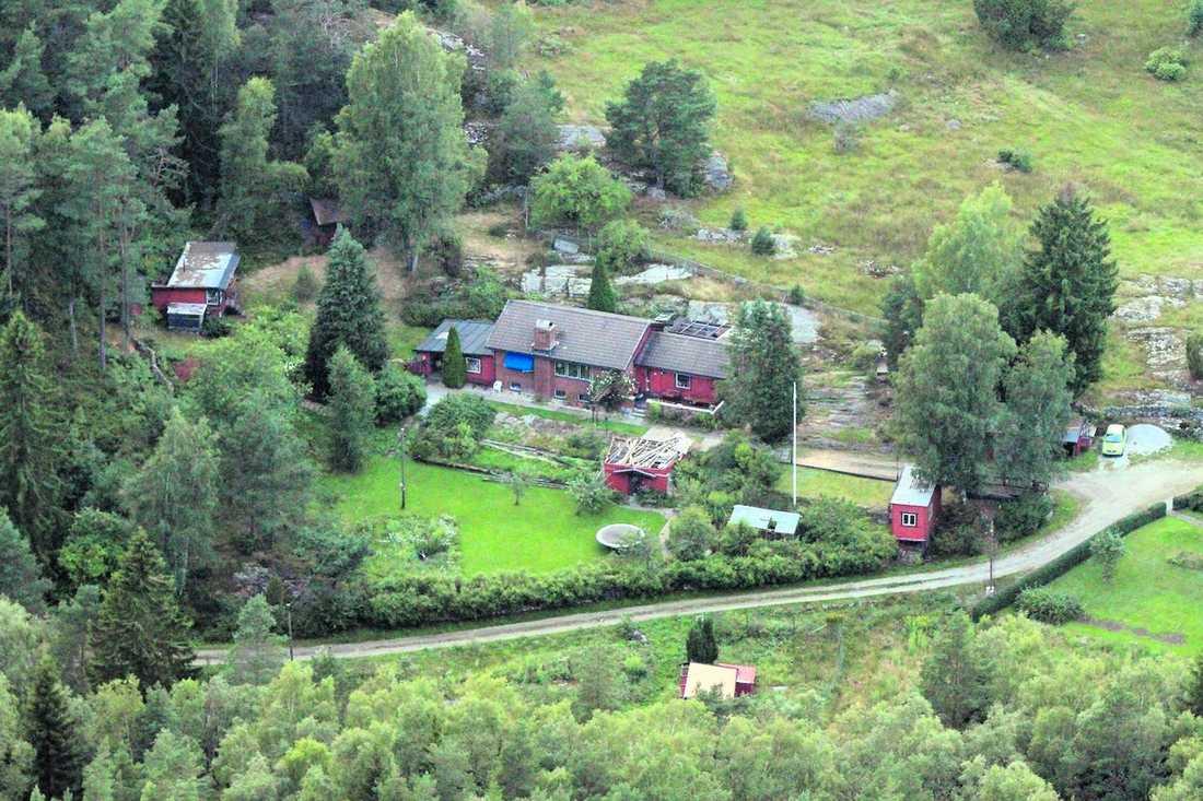 hennes hem I den här tegelvillan i Spekeröd mellan Kungälv och Stenungsund har försvunna Marina Johansson sitt hem.