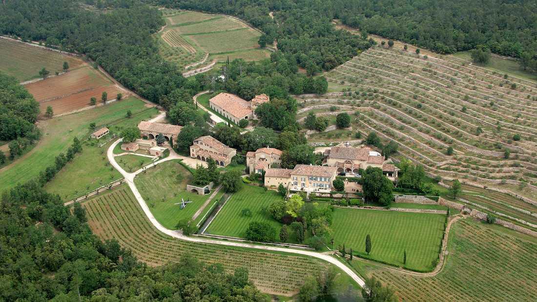 Slottet Miraval i Correns i Provence.