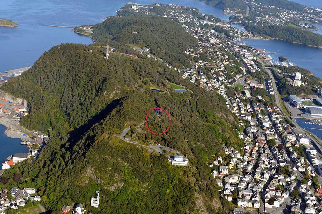 Här uppe på Akslafjellet i Ålesund ska Anjas kropp ha hittats