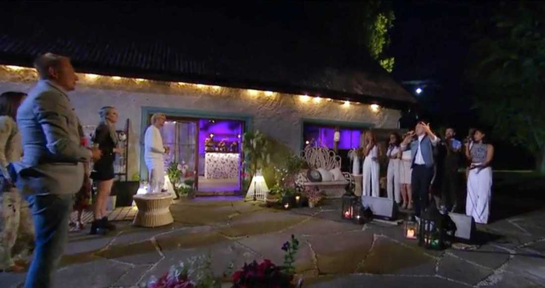 """Danny Saucedo sjunger """"För kärlekens skull"""", sista tolkningen i """"Så mycket bättre"""" 2016."""