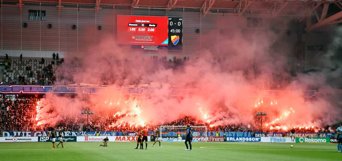 """Under derbyt mellan Djurgården och AIK (12/5) protesterade supportrar genom att bland annat stava ut """"1312"""" (All cops are bastards) i bengaler. Idag möts AIK och Hammarby, och nya protester är att vänta."""
