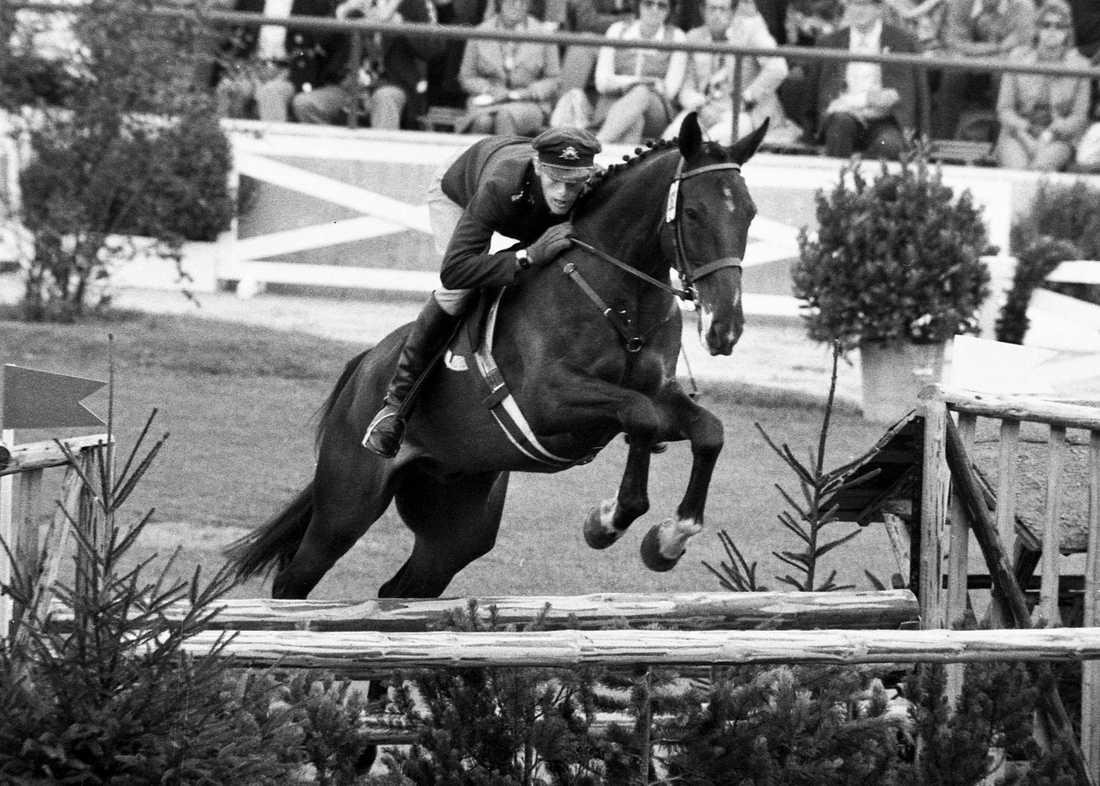 Jan Jönsson på hästen Sarajevo vid OS i München 1972. Tillsammans bärgade de bronsmedalj.