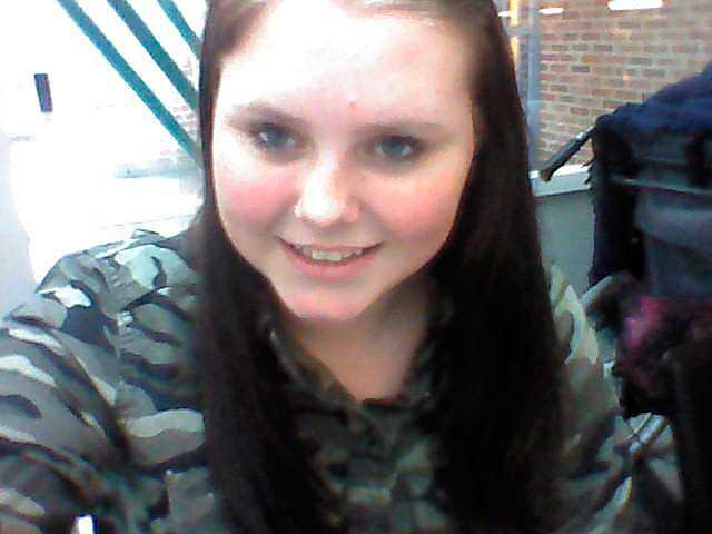 Linn, 13, orkade inte längre. Till slut kastade hon sig framför tåget.