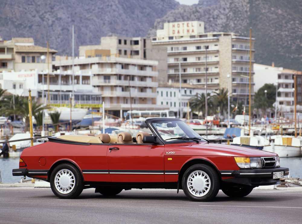 Saab 900 Turbo Cabriolet.