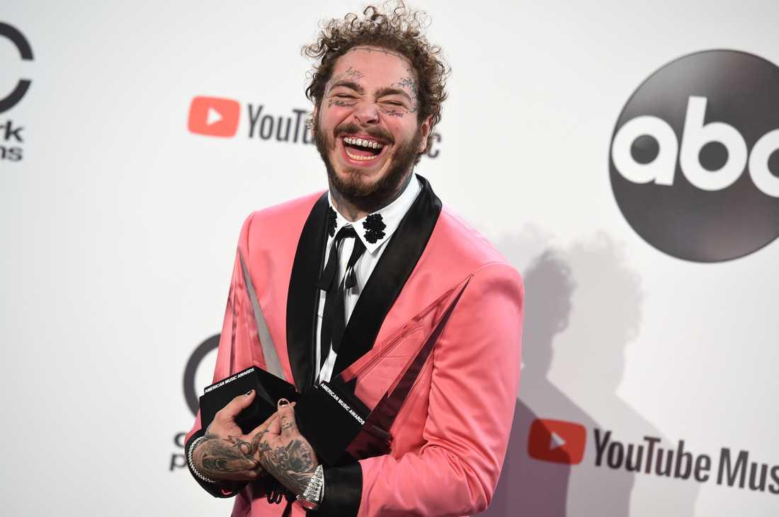 Post Malone, som kommer till Sverige i början av mars, prisades för bästa manliga pop/rock-artist och bästa rap/hiphop-album.