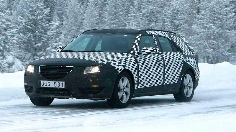 Saab 9-5 kombi testas just nu i Lappland.
