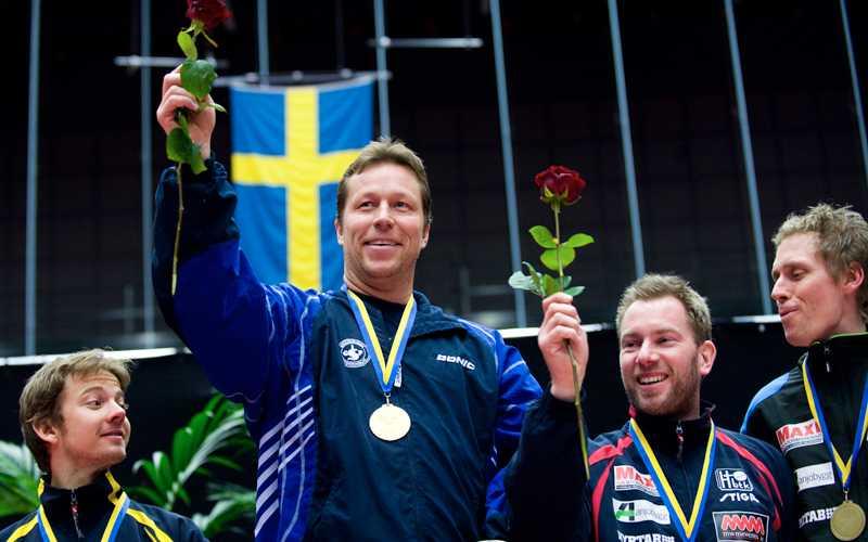 J-O tar SM-guld 2010 och tillhörde Spårvägen.