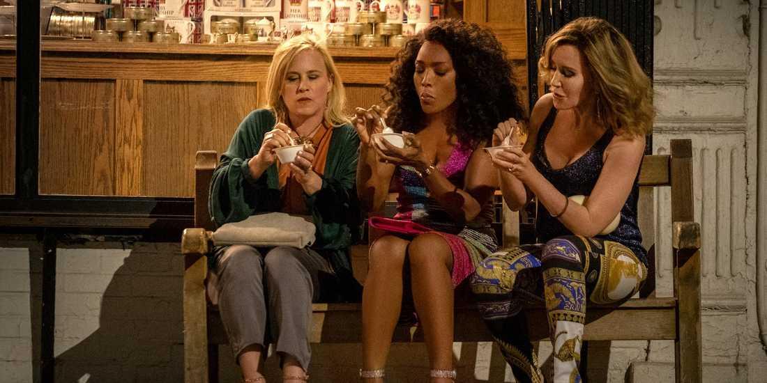 "Patricia Arquette, Angela Bassett och Felicity Huffman i ""Otherhood""."