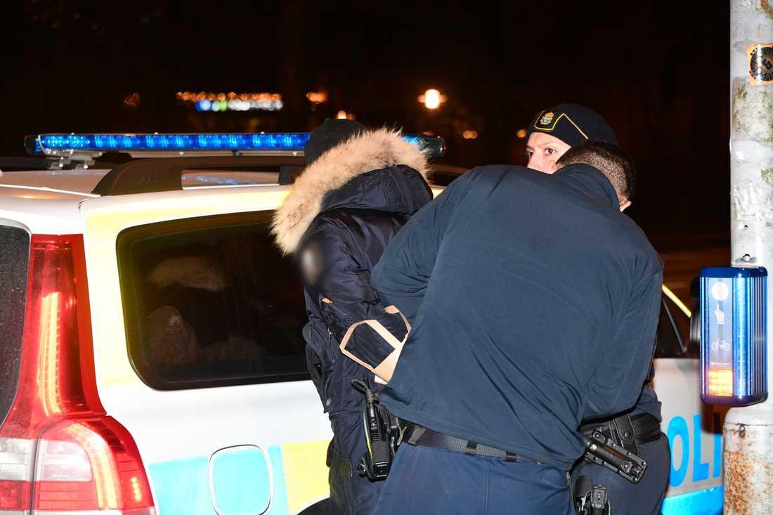 Polisen har gripit en misstänkt man.