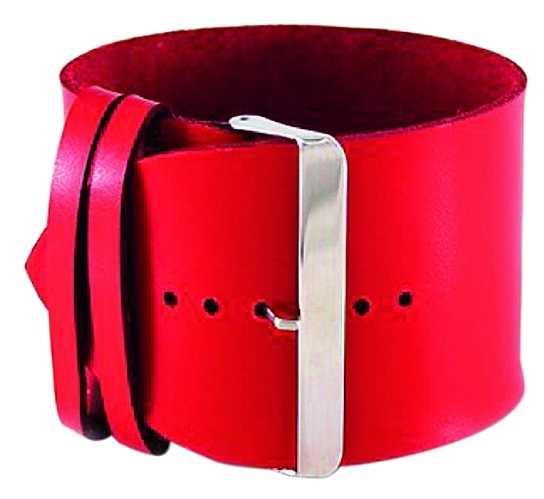 Ett bälte för handleden? Nej, ett armband! Är gjort i läder och rostfritt stål, finns även i vitt och kostar 129 kronor på www.aldora.se