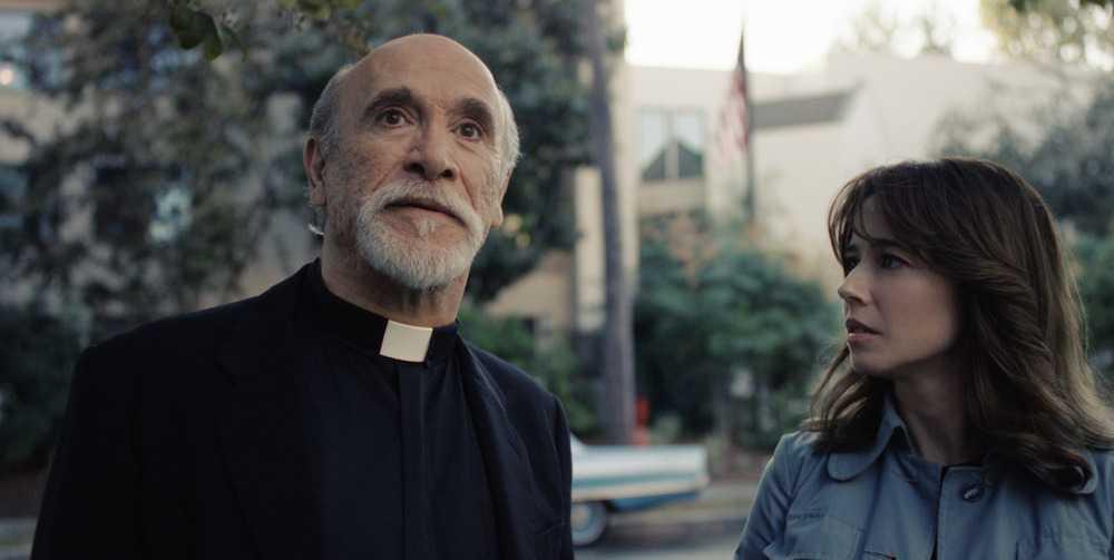 "Tony Amendola och Linda Cardellini i ""The curse of La Llorona""."