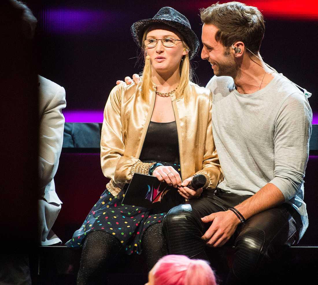 filippa segrade  Sveriges största tv-program hade blivit rätt outhärdligt utan Filippa Bark.  Och hennes pojkvän är en bra och värdig vinnare. Bäst i klassen.
