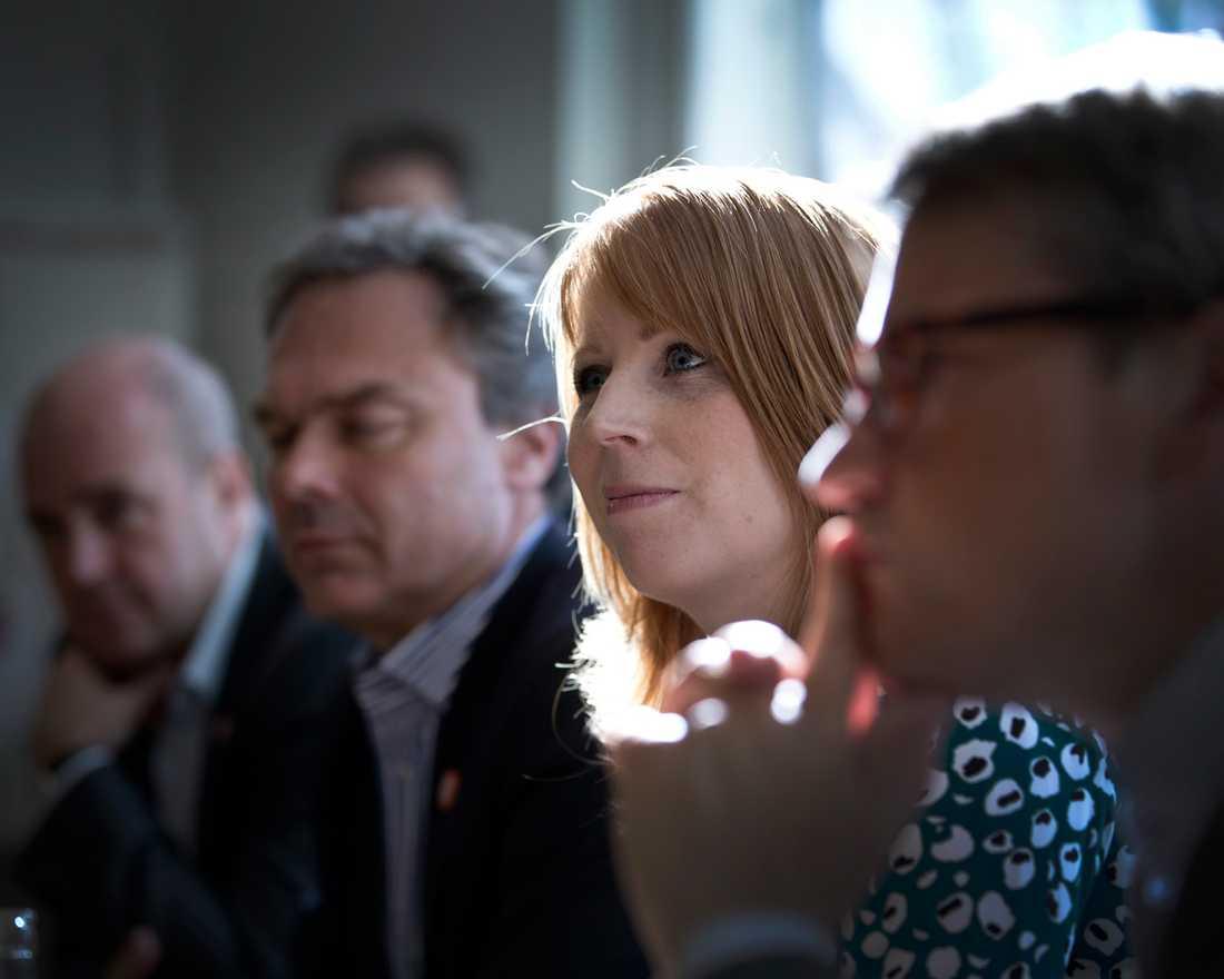 När de fyra Alliansledarna samlas hos Annie Lööf i småländska Maramö är det inte för att plocka fram några politiska överenskommelser, säger källor till Aftonbladet.
