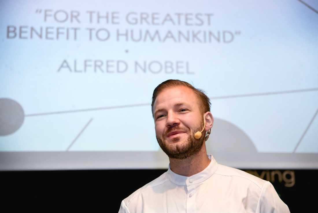 Årets nobelkock Sebastian Gibrand tänker satsa på svenska råvaror på Nobelbanketten.