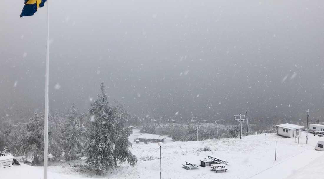 Snow chaos at Långberget in Värmland.